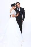 Couples heureux de mariage dans l'amour Photographie stock