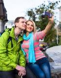 Couples heureux des vacances de vacances de voyage romantique Photo stock