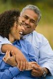 Couples hispaniques heureux riants Photo libre de droits