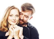Couples, homme tendre et femme de jeunes dans l'amour d'isolement sur le blanc, FO Photo libre de droits