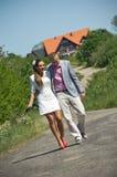 Couples à la mode dans le pays Photo stock