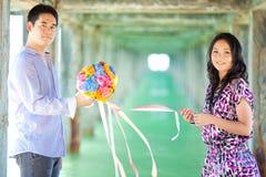 Couples à la plage Photos libres de droits
