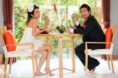 Couples le temps de déjeuner Photographie stock libre de droits