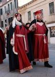 Couples médiévaux Images libres de droits