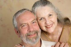 Couples mûrs affectueux Photo libre de droits