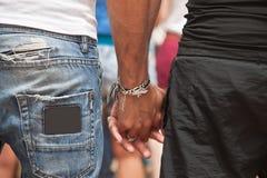 Couples masculins tenant des mains Image libre de droits