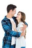 Couples mignons embrassant et regardant entre eux Images libres de droits