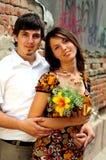 Couples occasionnels dans l'amour image stock