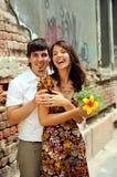 Couples occasionnels dans l'amour photos libres de droits
