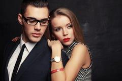 Couples passionnés sexy, histoire d'amour de bureau Image stock