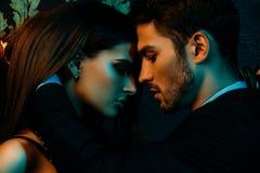 Couples passionn?s dans l'amour photo libre de droits