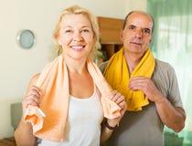 Couples pluss âgé après la formation Photographie stock