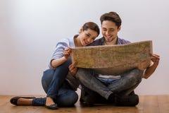 Couples prêts à se déplacer Photo stock