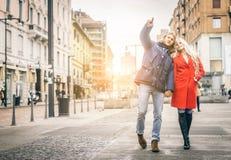 Couples prenant le selfie Photos libres de droits