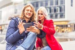 Couples prenant le selfie Photo libre de droits