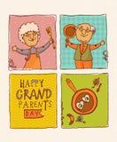 Couples retirés heureux Jour heureux de grands-parents Image stock