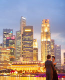 Couples romantiques à Singapour Photos libres de droits