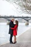 Couples romantiques dans l'amour Photos stock