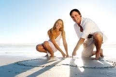 Couples romantiques de coeur Image stock