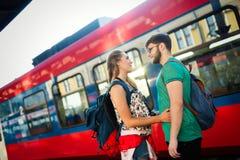 Couples séparant pendant quelque temps Photographie stock libre de droits
