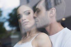 Couples sensuels dans l'amour photo libre de droits