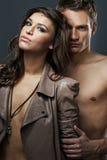 Couples sexy attrayants Photographie stock libre de droits