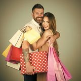 Couples shopaholic de mode Photos stock