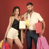 Couples shopaholic de mode Images libres de droits