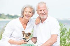 Couples supérieurs actifs photos libres de droits
