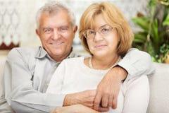 Couples supérieurs dans l'amour Images stock