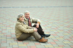 Couples supérieurs en stationnement Image libre de droits