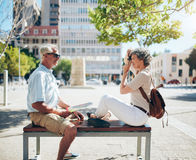 Couples supérieurs faisant la photographie personnelle Photographie stock libre de droits