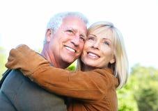 Couples supérieurs heureux. image stock