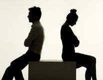 Couples tristes ayant un argument Images stock