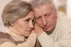 Couples tristes d'aîné Image libre de droits