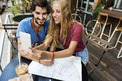 Couples voyageant ensemble voyage d'envie de voyager Images libres de droits