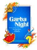 Couplez jouer Dandiya en affiche de Garba Night de disco pour le festival de Navratri Dussehra de l'Inde Photo stock