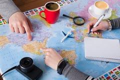 Couplez le voyage de planification aux Etats-Unis, point sur la carte Photos stock