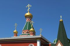 Coupole magnifique de saint Nicholas Russian Orthodox Church contre Sunny Sky bleu vif de Bangkok photo libre de droits