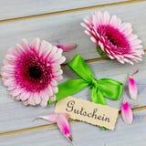 Coupon met bloemen stock foto's