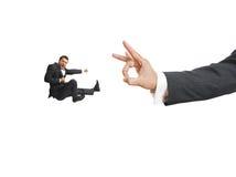 Coups de pied criards d'homme d'affaires Image libre de droits