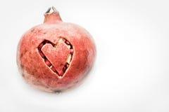 Coupure de coeur d'amour de grenade Image stock