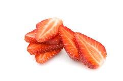 Coupure de parts de fraise. Images stock