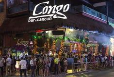 Coupure de ressort à la barre du Congo dans Cancun Photo stock