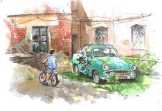 Cour abandonnée avec la vieille voiture et un garçon sur un sketach d'aquarelle de bicyclette Images libres de droits