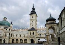 Cour de château de Krasiczyn près de Przemysl, Pologne Photo stock