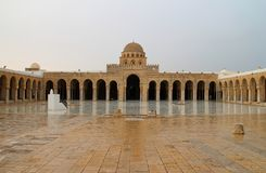 Cour de grande vieille mosquée historique Image libre de droits