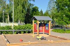 Cour de jeu d'enfants en stationnement Image stock