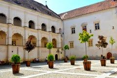 Cour de la forteresse de Fagaras, comté de Brasov Photographie stock