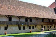 Cour de la forteresse de Fagaras, comté de Brasov Images stock
